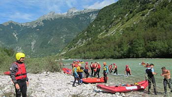Rafting on Soča. (novala)